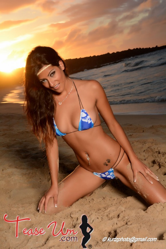 Michelle Kassandra stunning beauty at the beach pic