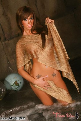 Cameron Nicole super hot nude babe in rock cave