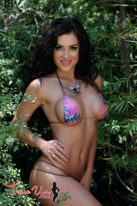 Cj Sparxx Perfect In Bikini