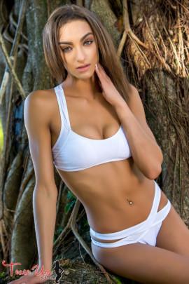 teaseum model Jennifer Henyard nudes photo set