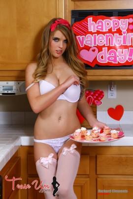 Jennifer Marie Valentines Day Hottie