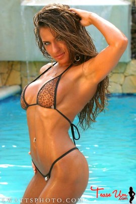 Maya Starr hot and wild bikini beauty pic