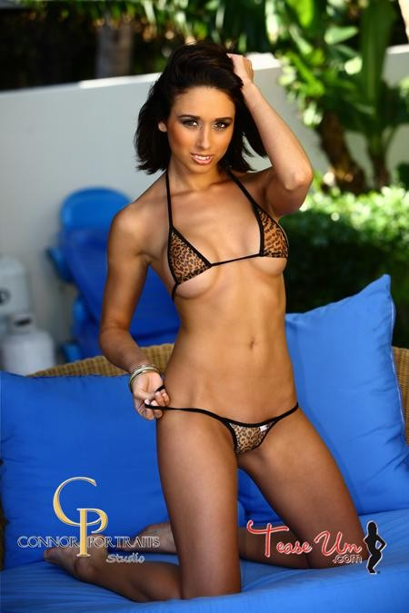 Alyssa bikini model looking awesome thumb 1