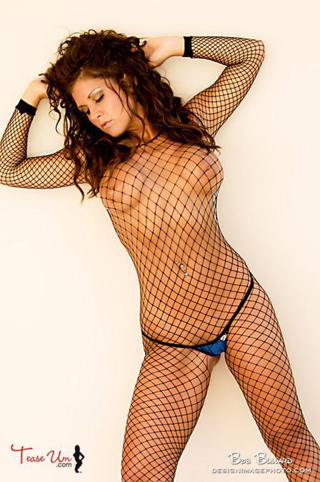 Nicole Mast hot babe in fishnet pic thumb 1