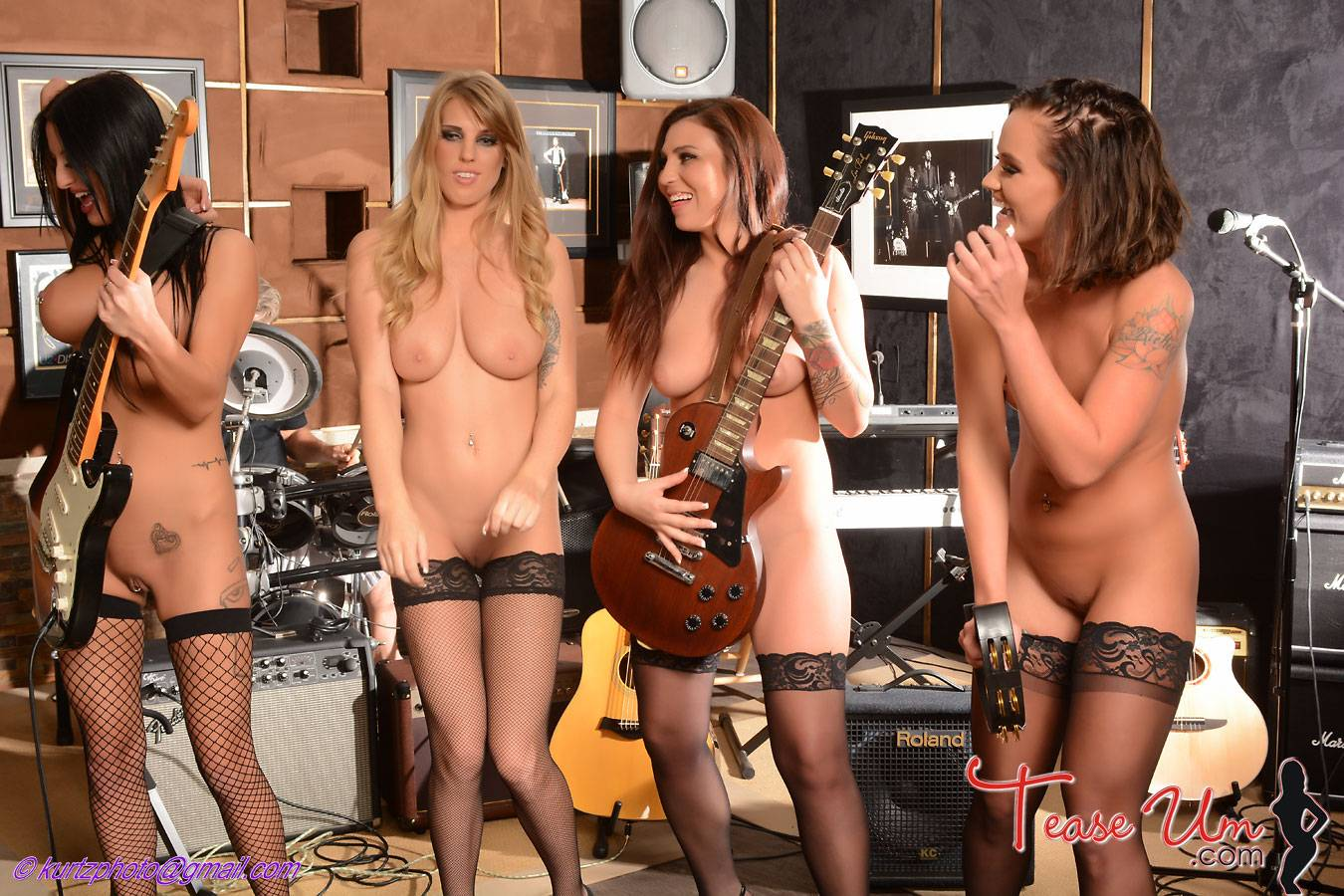 Band with naked girls picture 416