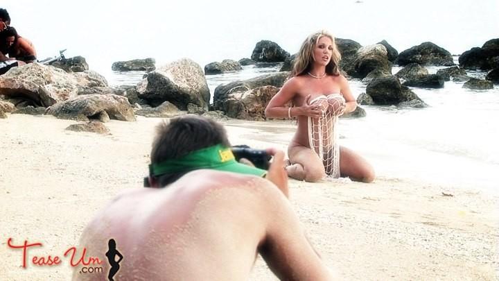 Brigette Ashley Lean Sexy Bikini Model