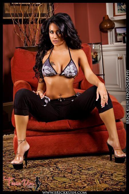 Jessica Pangelina Ultimate Bikini Babe