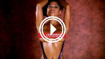 topless teaseum modeol genevive in slingshot bikini